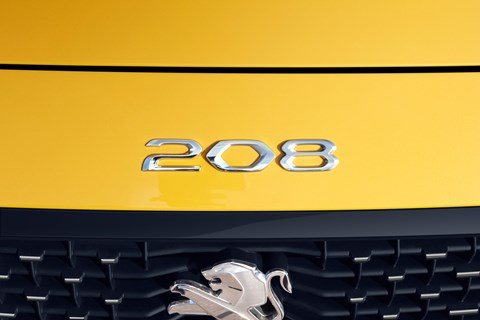 Peugeot 208 front badge