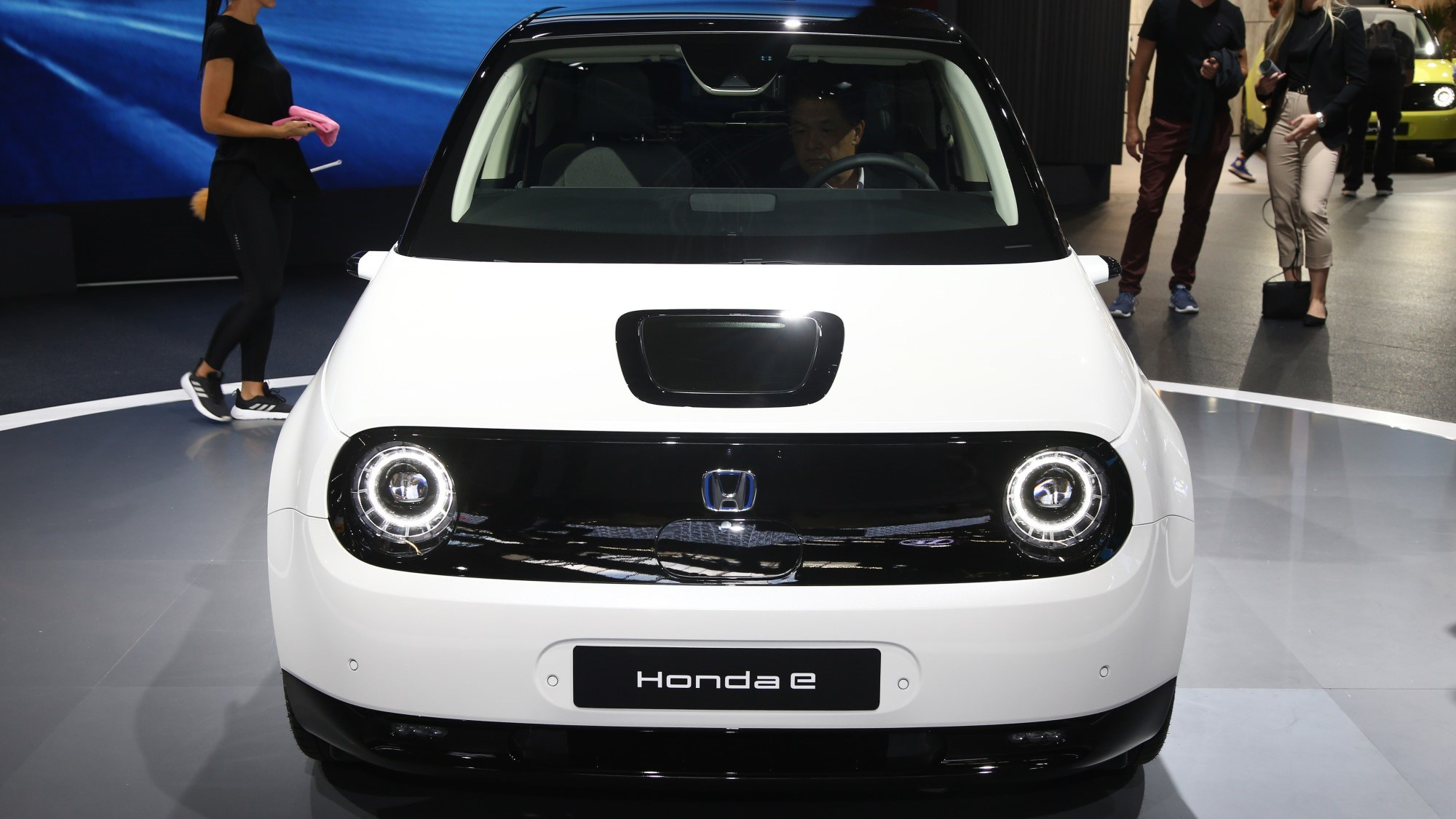 Cars That Start With B >> Honda E Cute Electric City Car To Cost From 26 160 Car