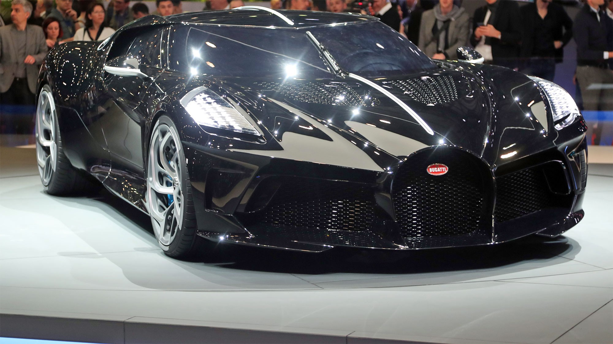 Geneva Motor Show: One-off Bugatti Voiture Noire showcased
