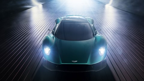 Aston Martin Vanquish Vision concept at the 2019 Geneva motor show - dead-on front view