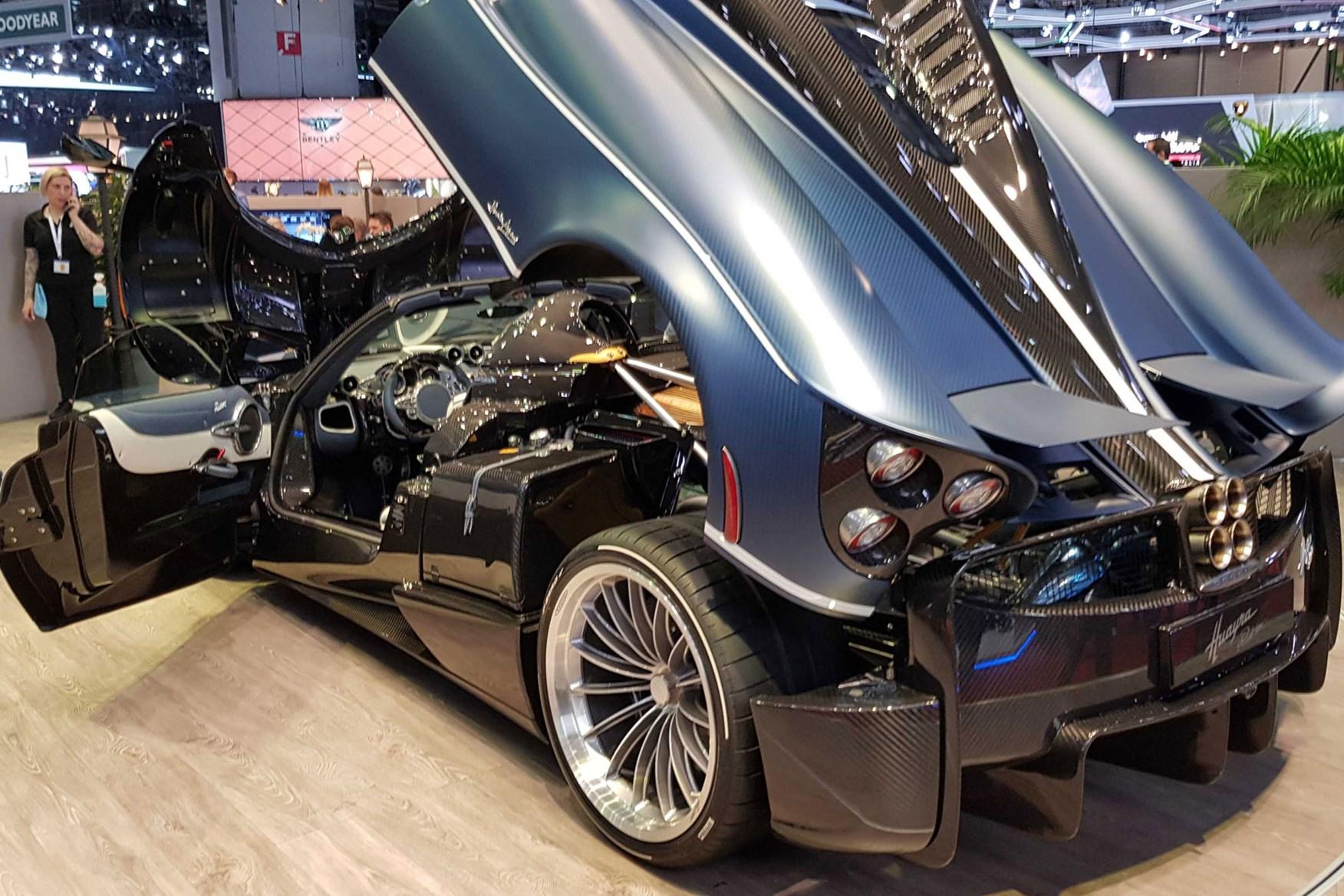 Pagani Huayra Bc Roadster Say Hello To The Lighter Brawnier Supercar Car Magazine