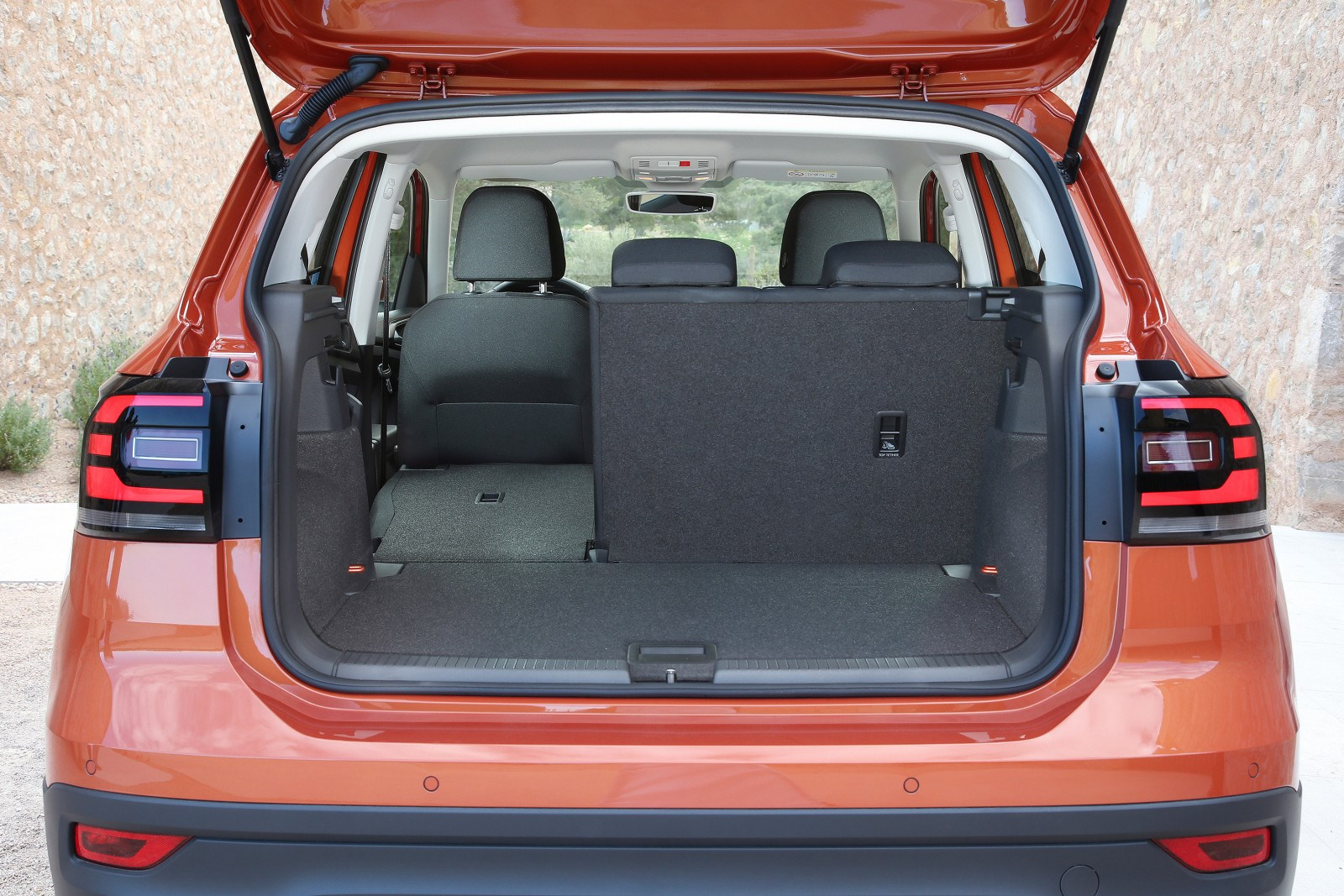 VW T-Cross boot