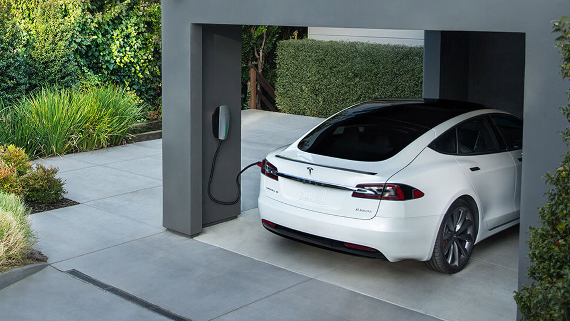 Free Tesla Supercharging for all Model S and X | CAR Magazine