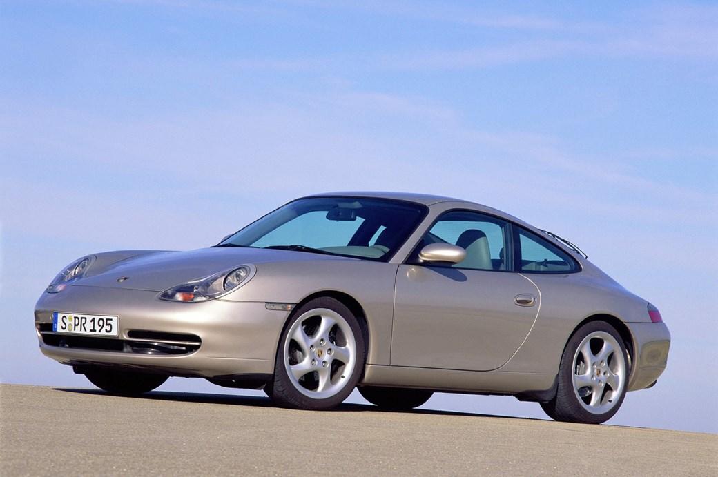 996 Carrera