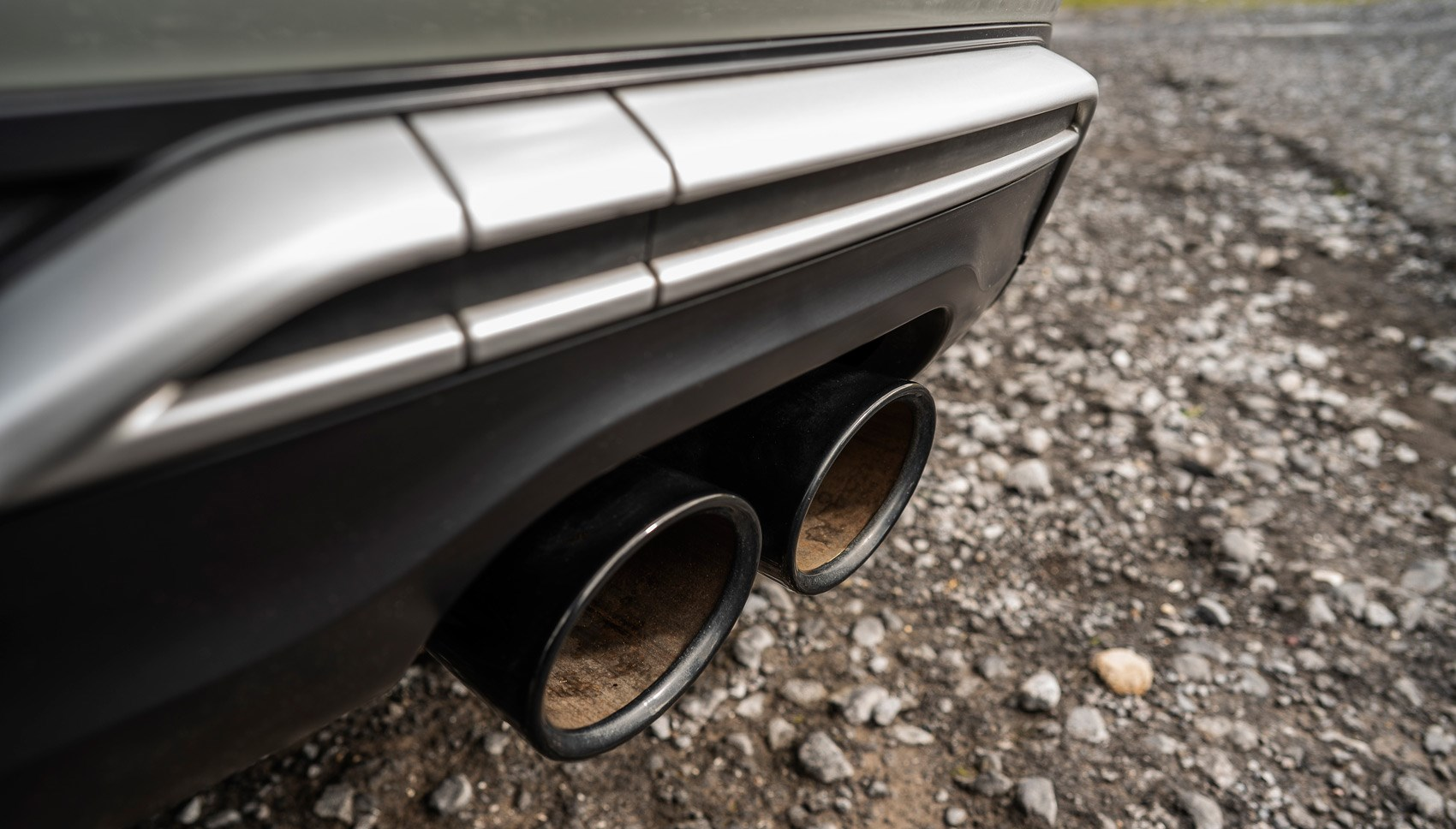 Audi SQ2 exhaust