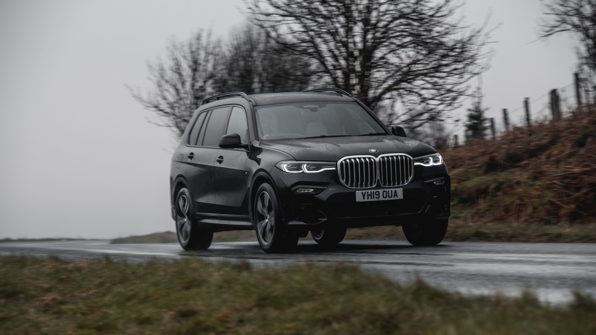 BMW X7 front tracking