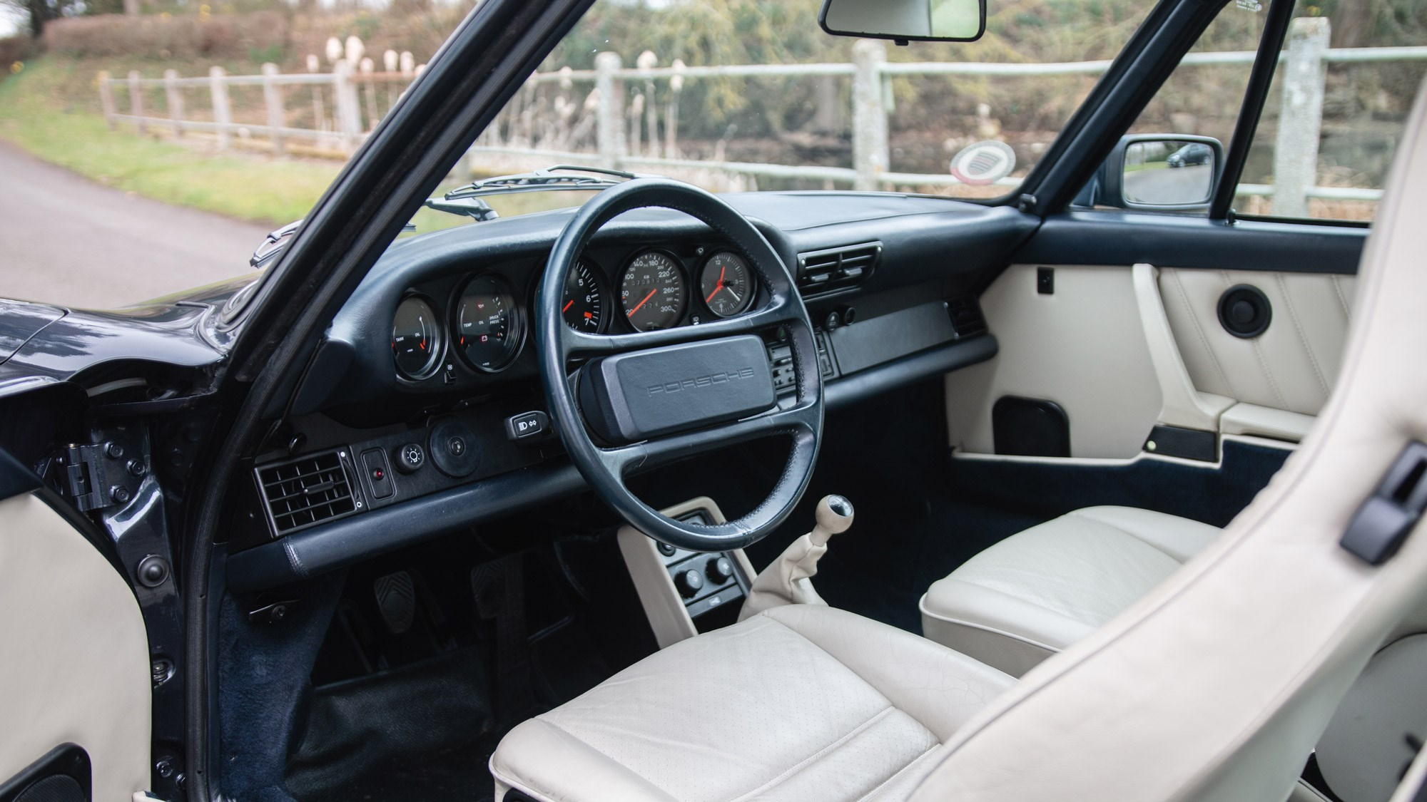 Driving the classics: Porsche 930 Turbo (1987) review | CAR Magazine