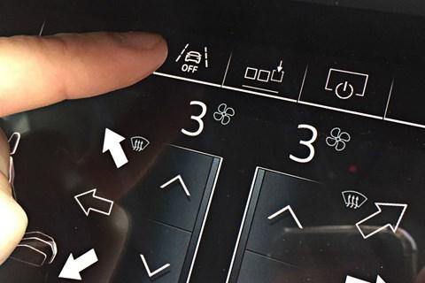 Audi A6 Avant touchscreen
