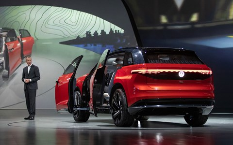 VW chairman Herbert Diess unveils the ID Roomzz at the 2019 Shanghai motor show