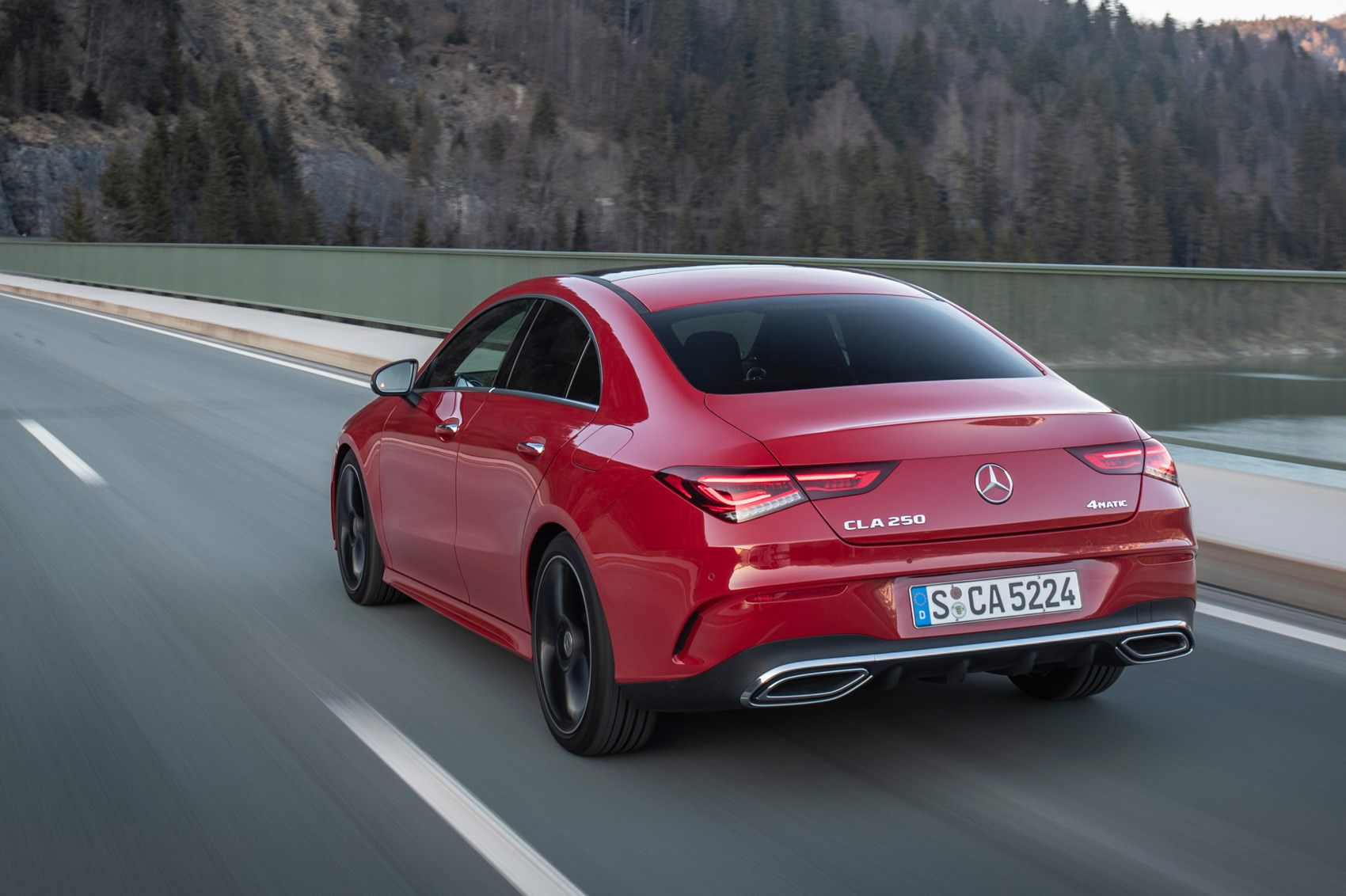 mercedes cla 2019 review first drive of four door coupe. Black Bedroom Furniture Sets. Home Design Ideas