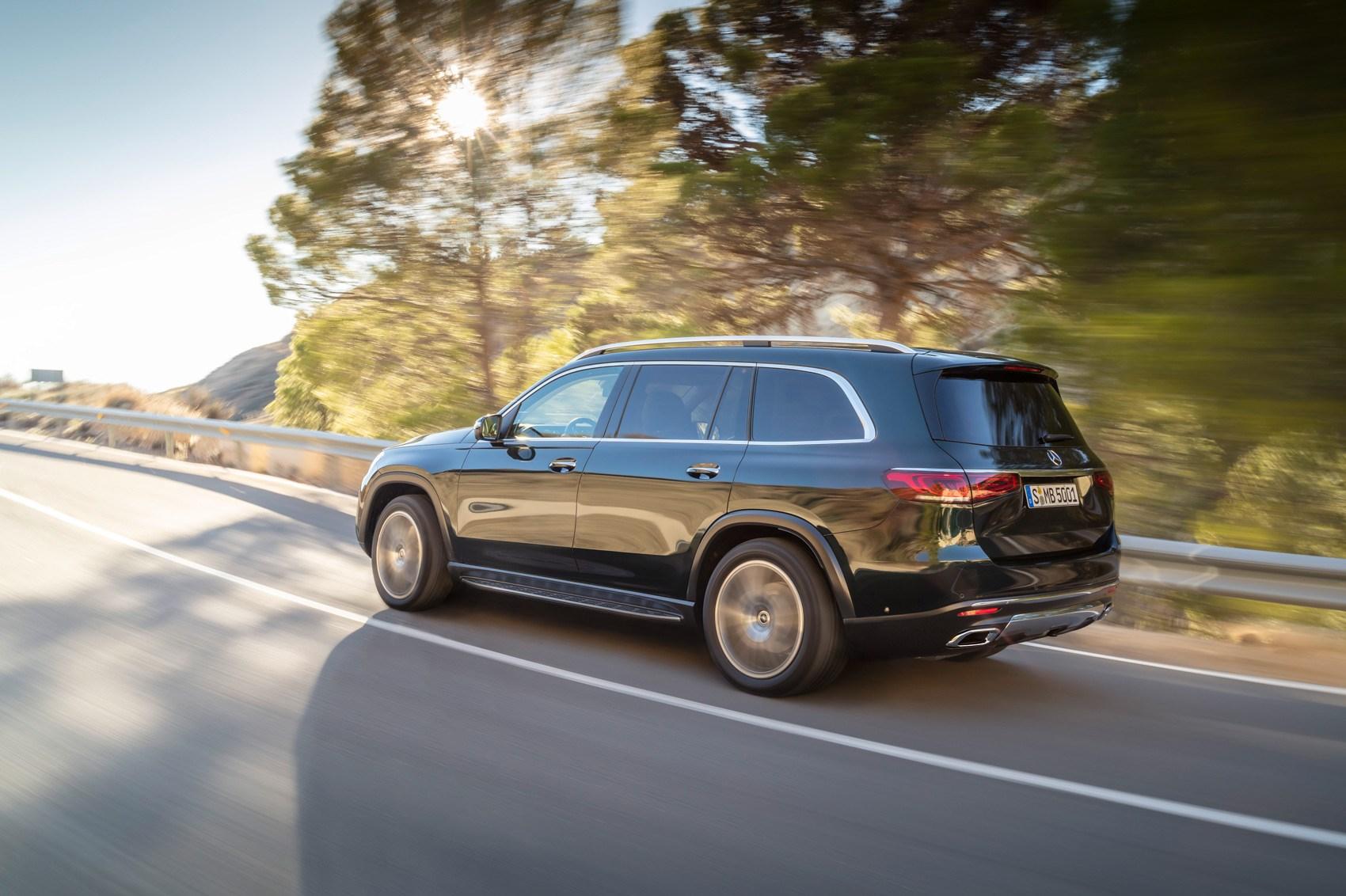 All-new Mercedes GLS SUV rolls into New York   CAR Magazine