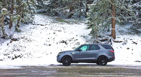 Land Rover Discovery in the Alps