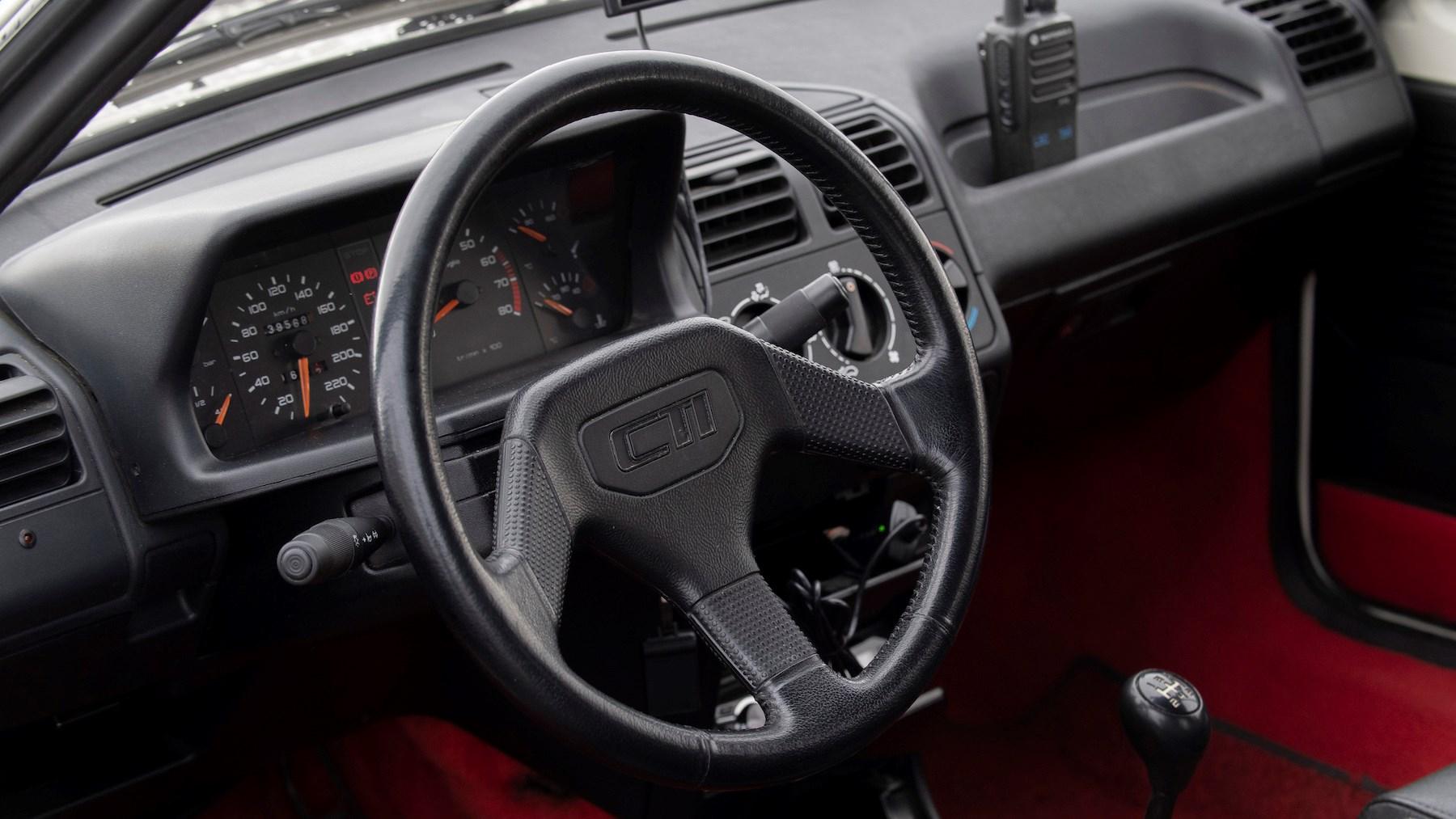 Peugeot 205 CTI interior