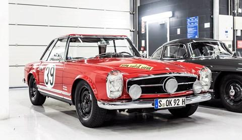 Mercedes 125 racing history pagoda