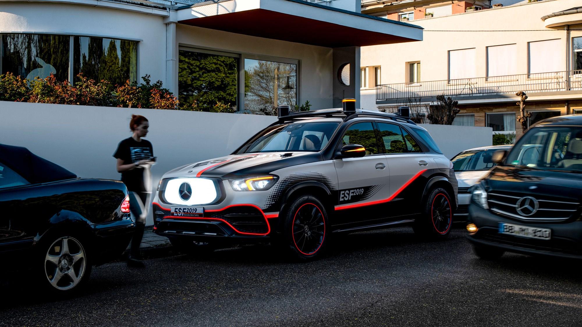 ESF 2019 Concept – tầm nhìn của Mercedes về một tương lai không tai nạn - mercedes esf 050