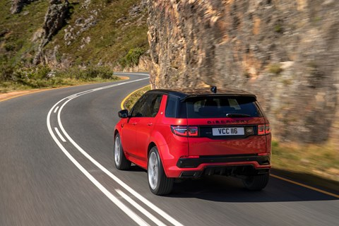 Discovery Sport rear tracking