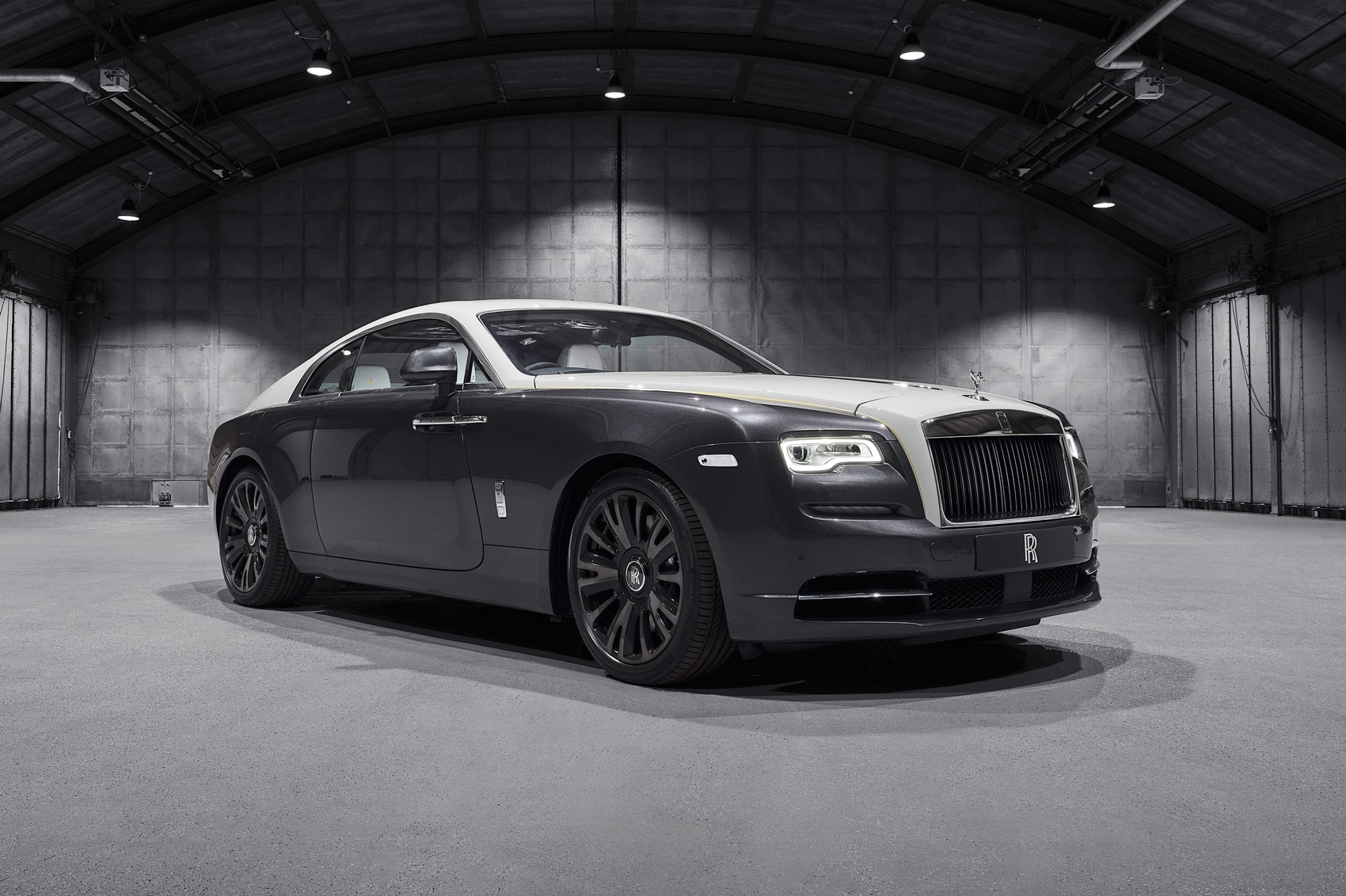 Rolls Royce Unveils Wraith Eagle Viii Editions Car Magazine