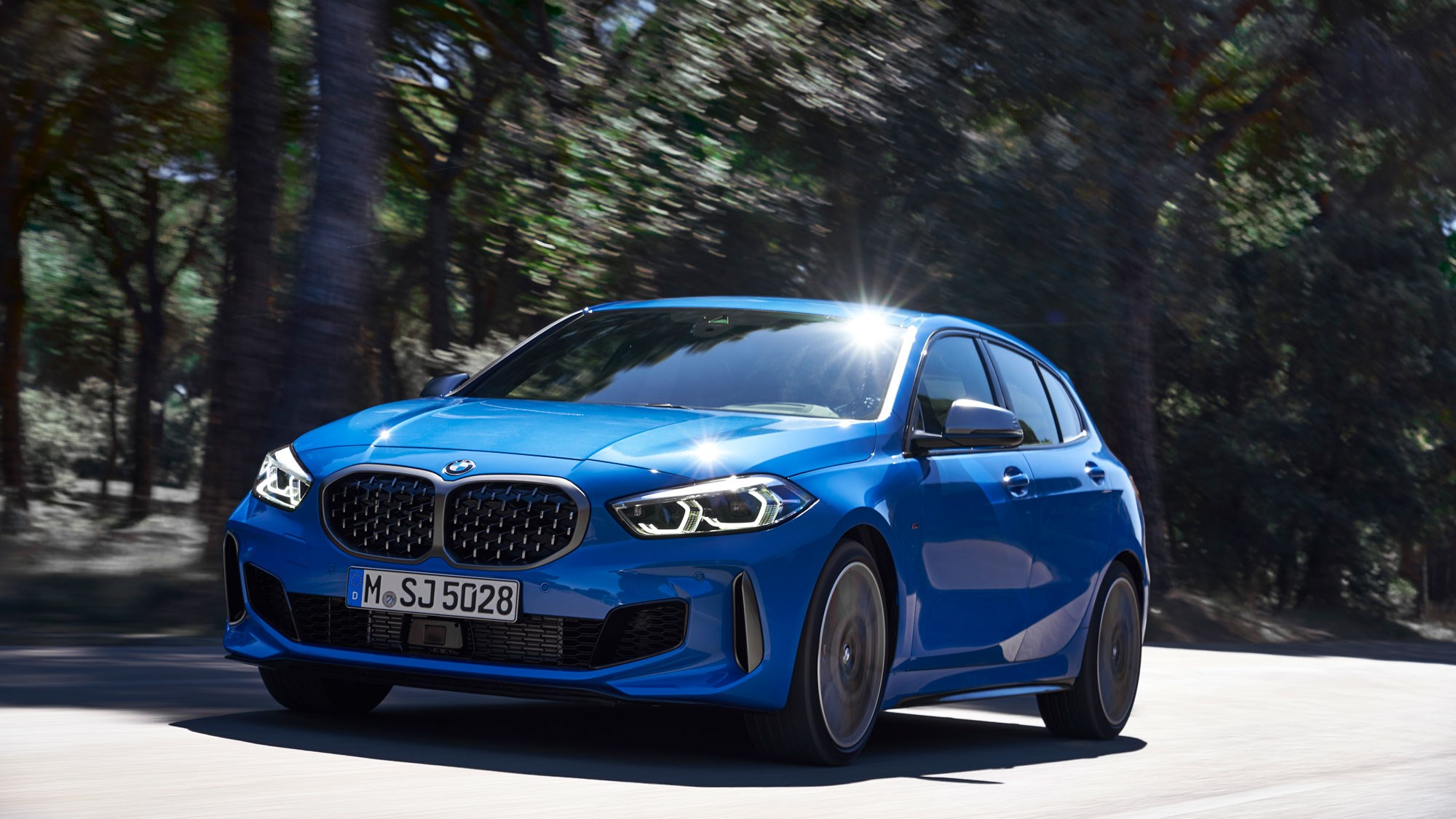 new bmw 1 series m performance parts revealed car magazine. Black Bedroom Furniture Sets. Home Design Ideas