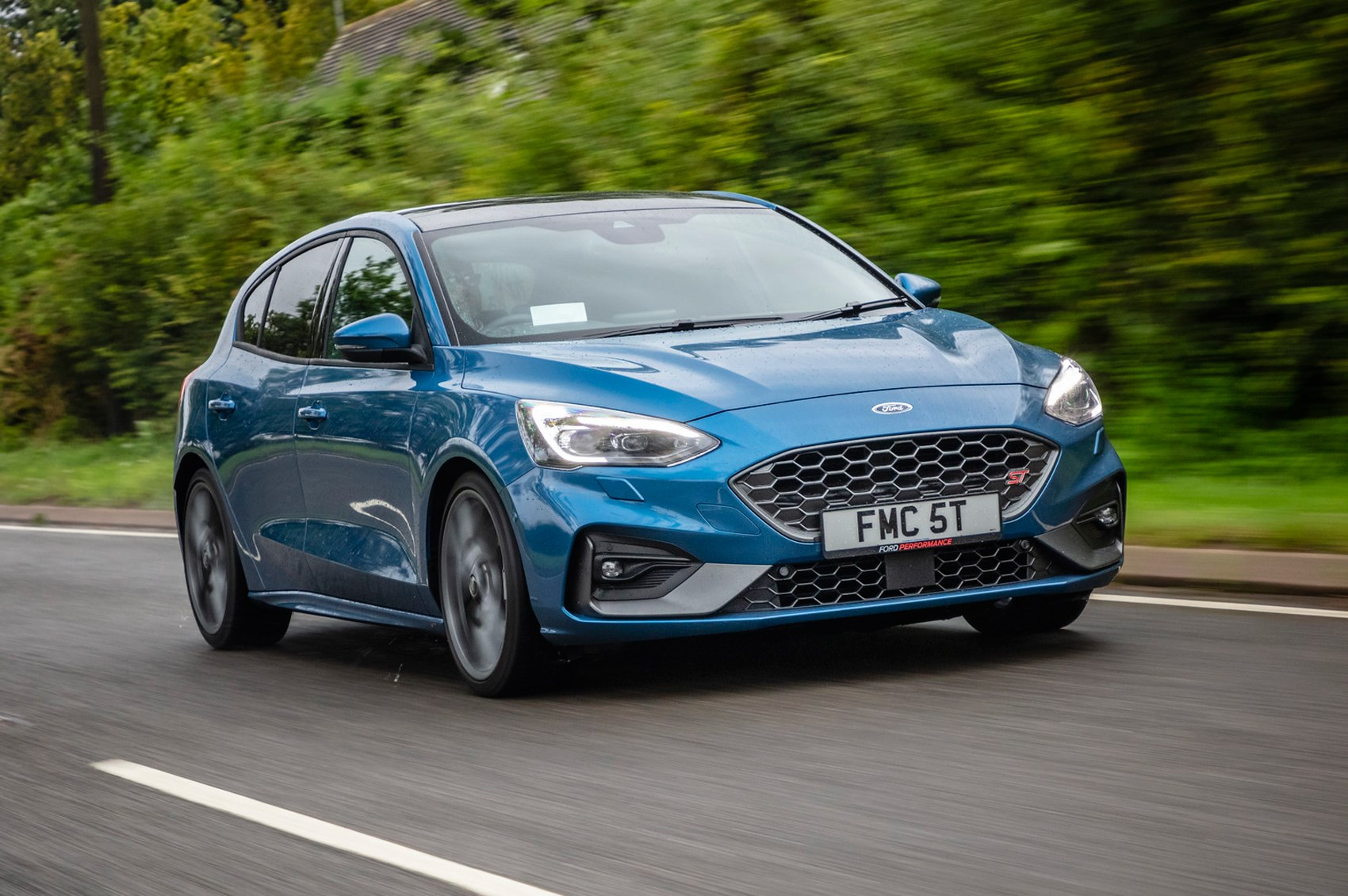 Ford Focus St >> Ford Focus St 2019 Review Diesel And Estate Versions