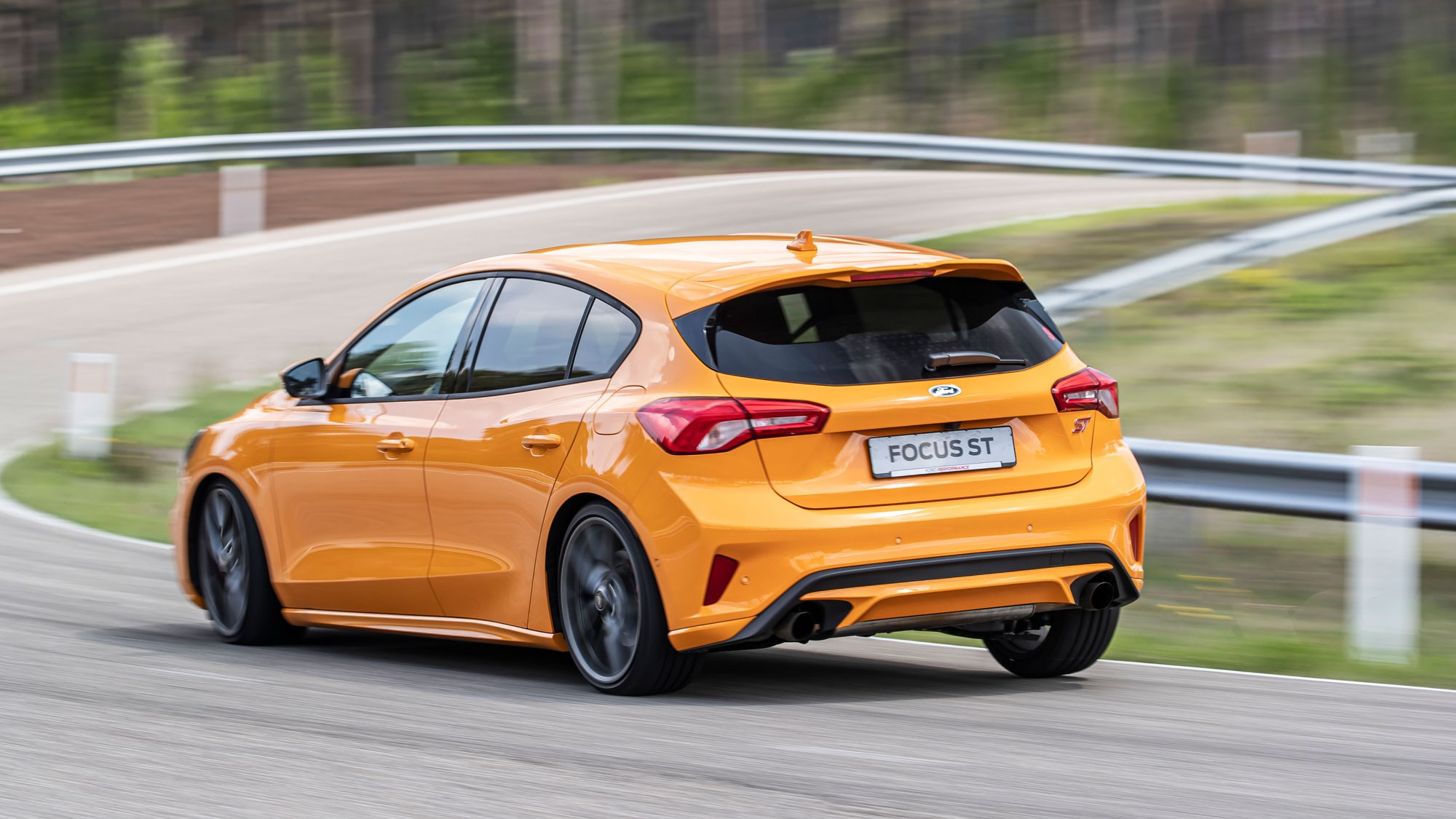 ford focus st  2019  review  diesel and estate versions driven