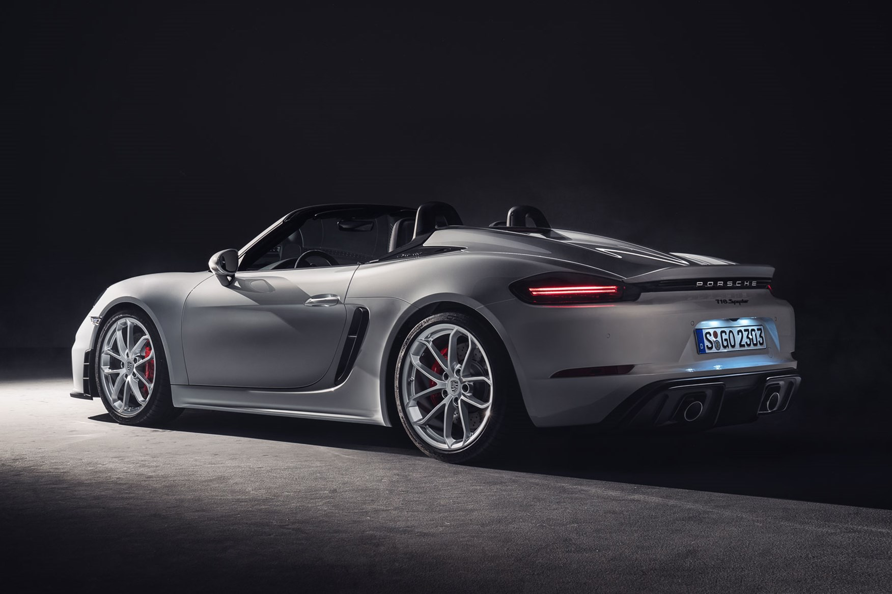 New Porsche 718 Spyder Now A Gt4 Without The Roof Car Magazine