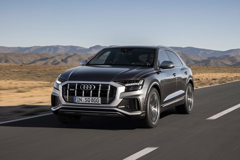 Audi SQ8 front tracking