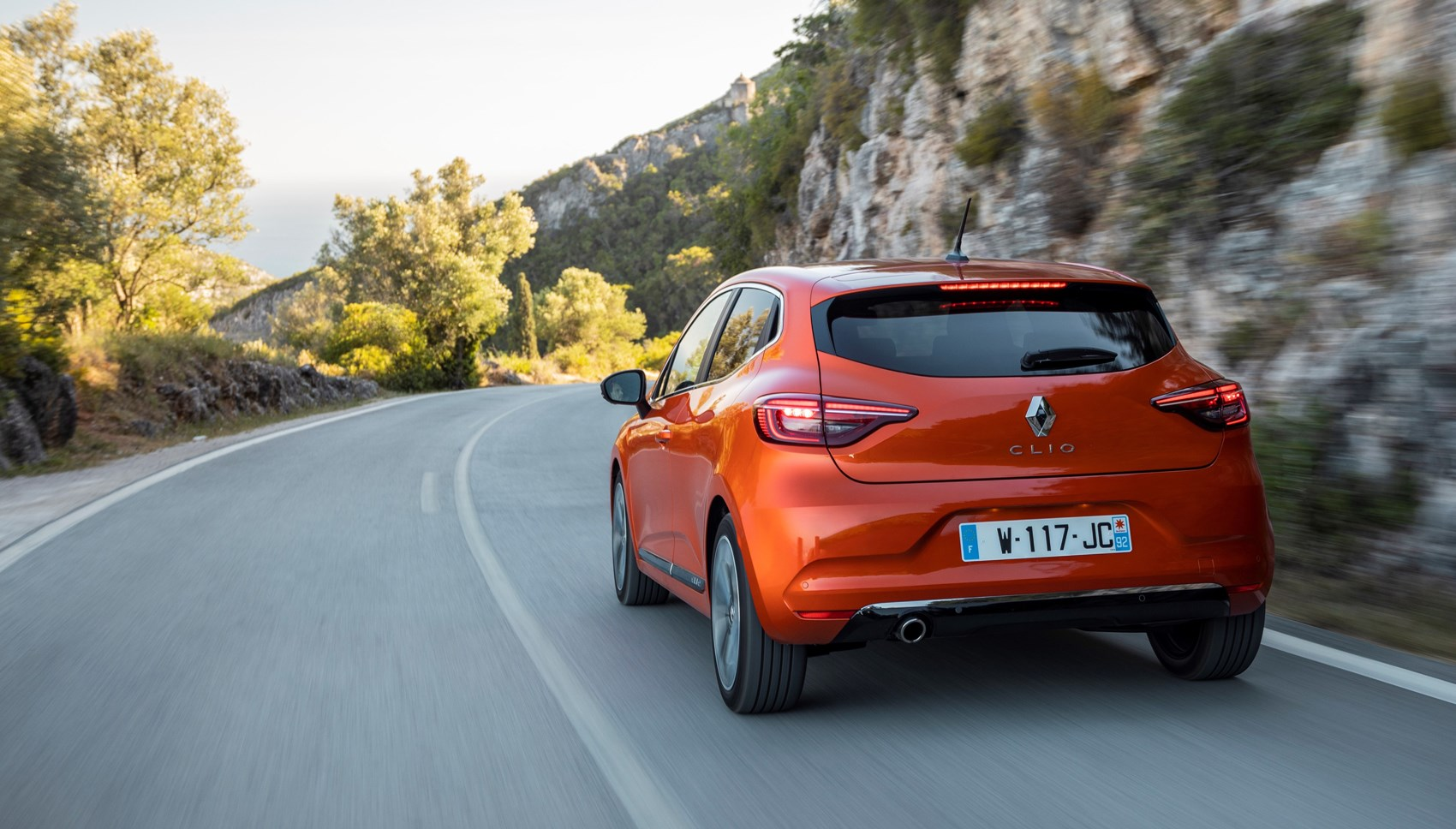 Renault Clio rear tracking