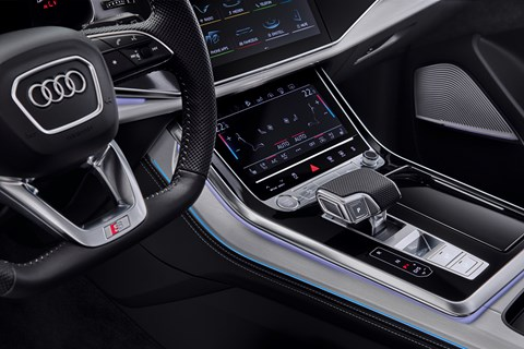 Audi Q7 facelift interior