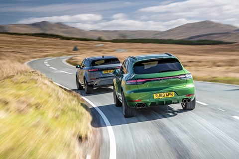 Macan rear tracking