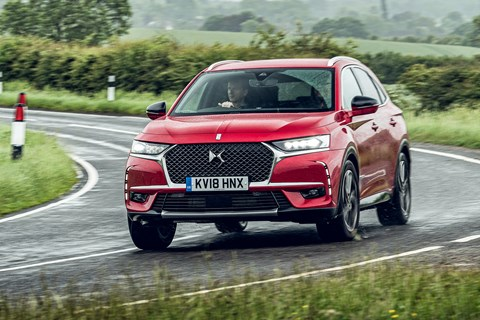 DS 7 Crossback cornering