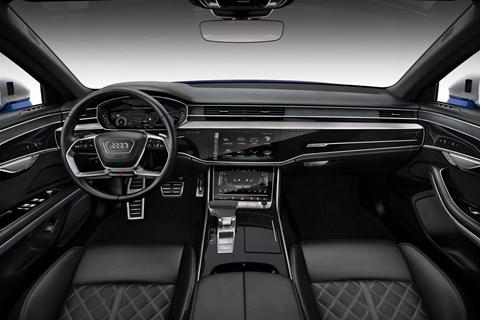 Audi S8 interor