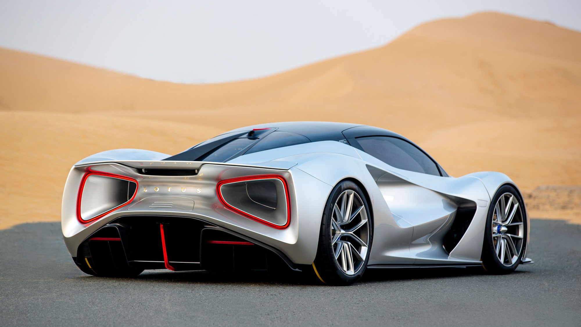 Lotus Evija electric hypercar: what it's like at the limit ...
