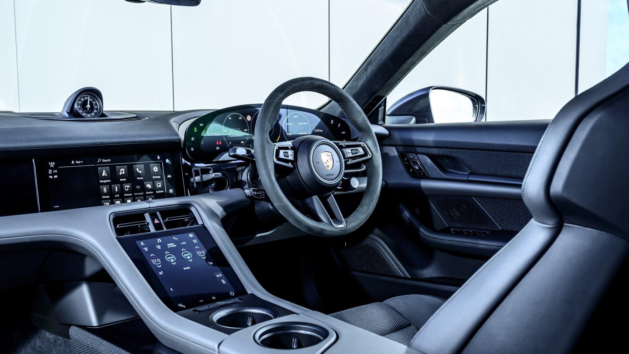 2021 Porsche Taycan interior