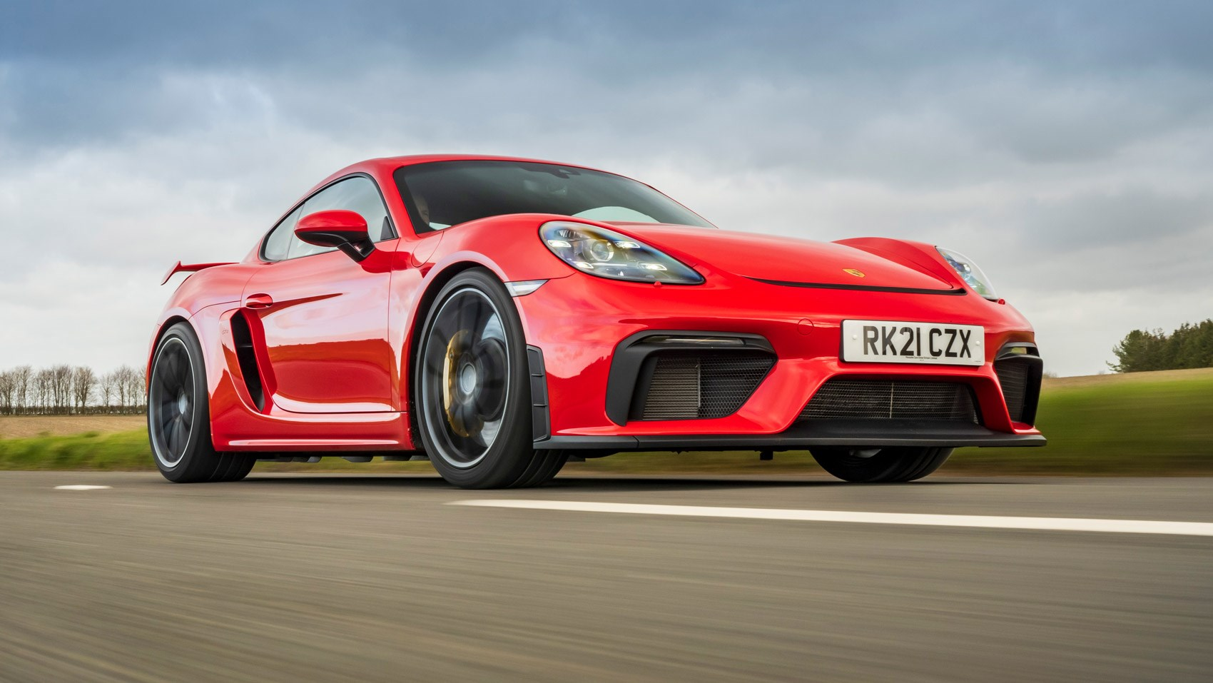 cayman gt4 front tracking