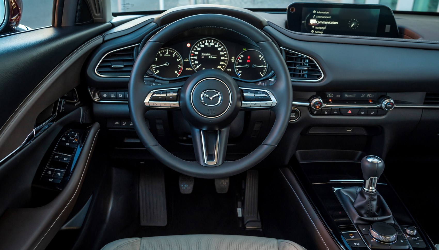Kekurangan Mazda C30 Spesifikasi