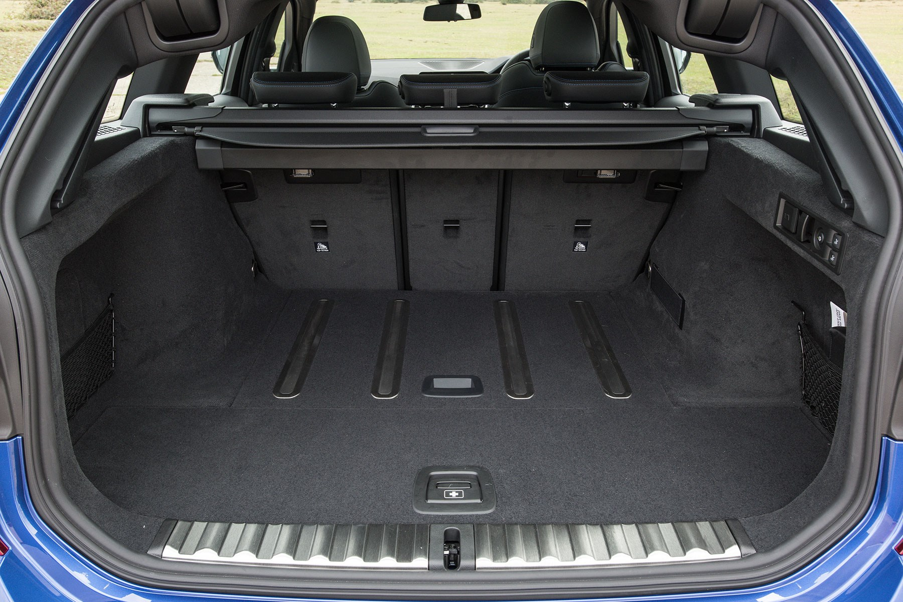 New BMW 3-series Touring boot space: 500 litres with rear seats up, clever active grippy rubber strips to hold luggage in place
