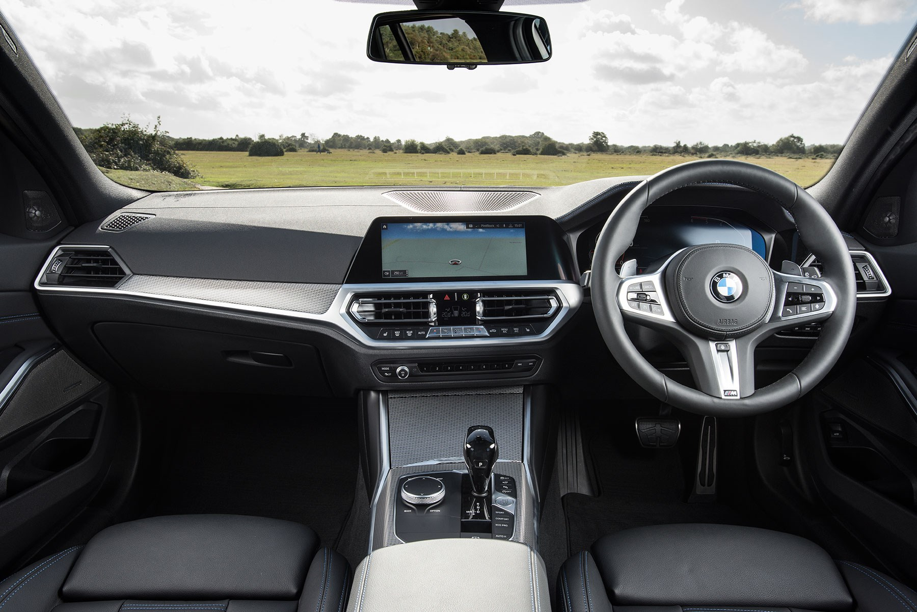 BMW 3-series Touring estate interior