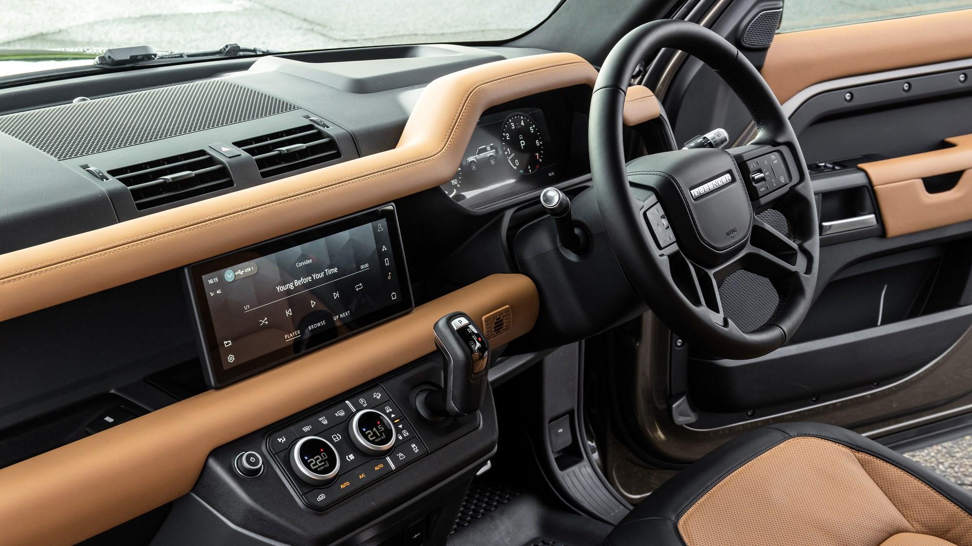 2021 Land Rover Defender 90 X P400 dashboard