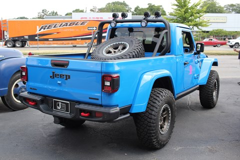 Woodward Dream Cruise Jeep J6