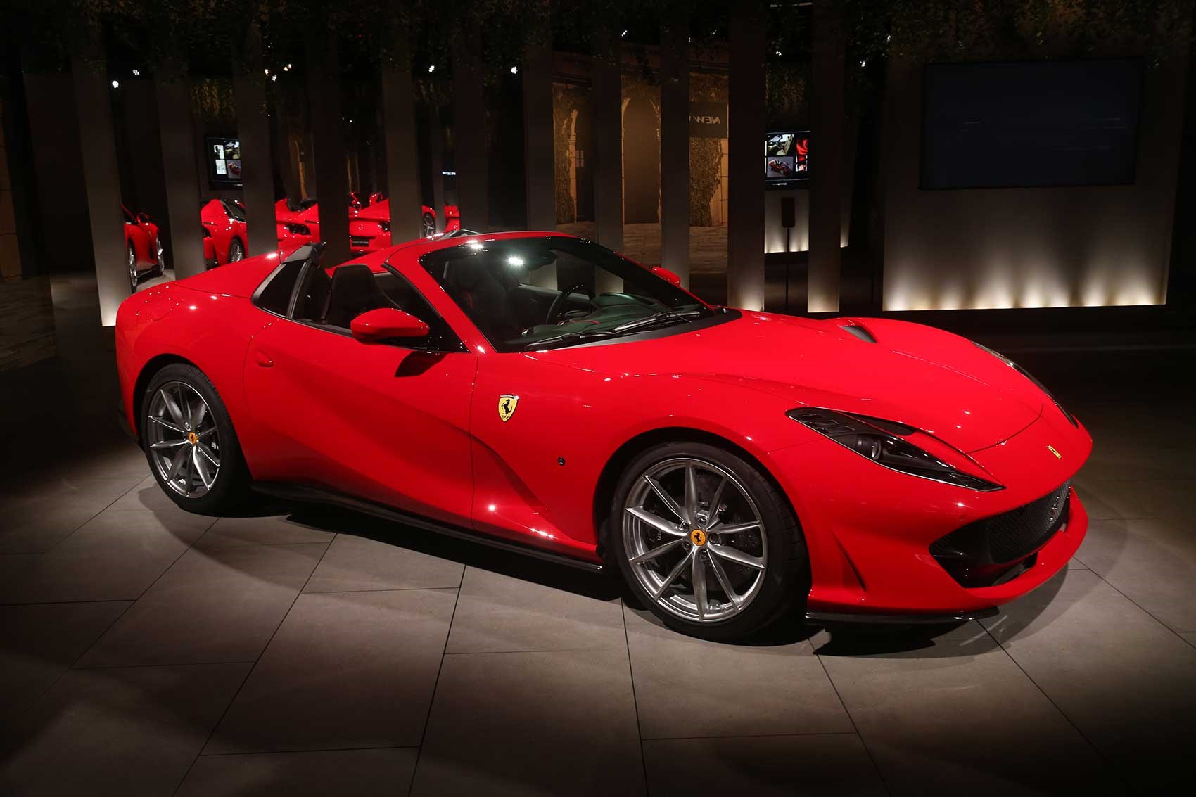 Ferrari 812 GTS: drop-top V12 unveiled | CAR Magazine