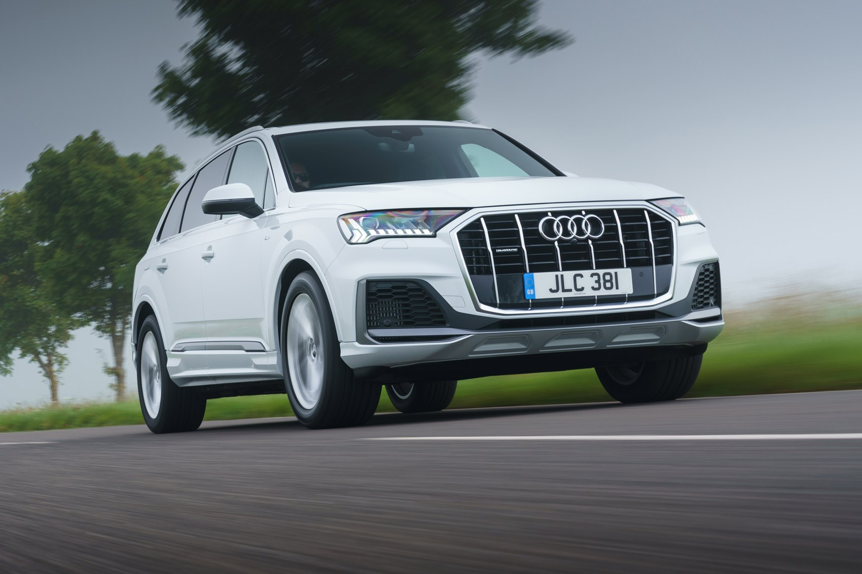 Audi Q7 Tfsie Hybrid Review Car Magazine