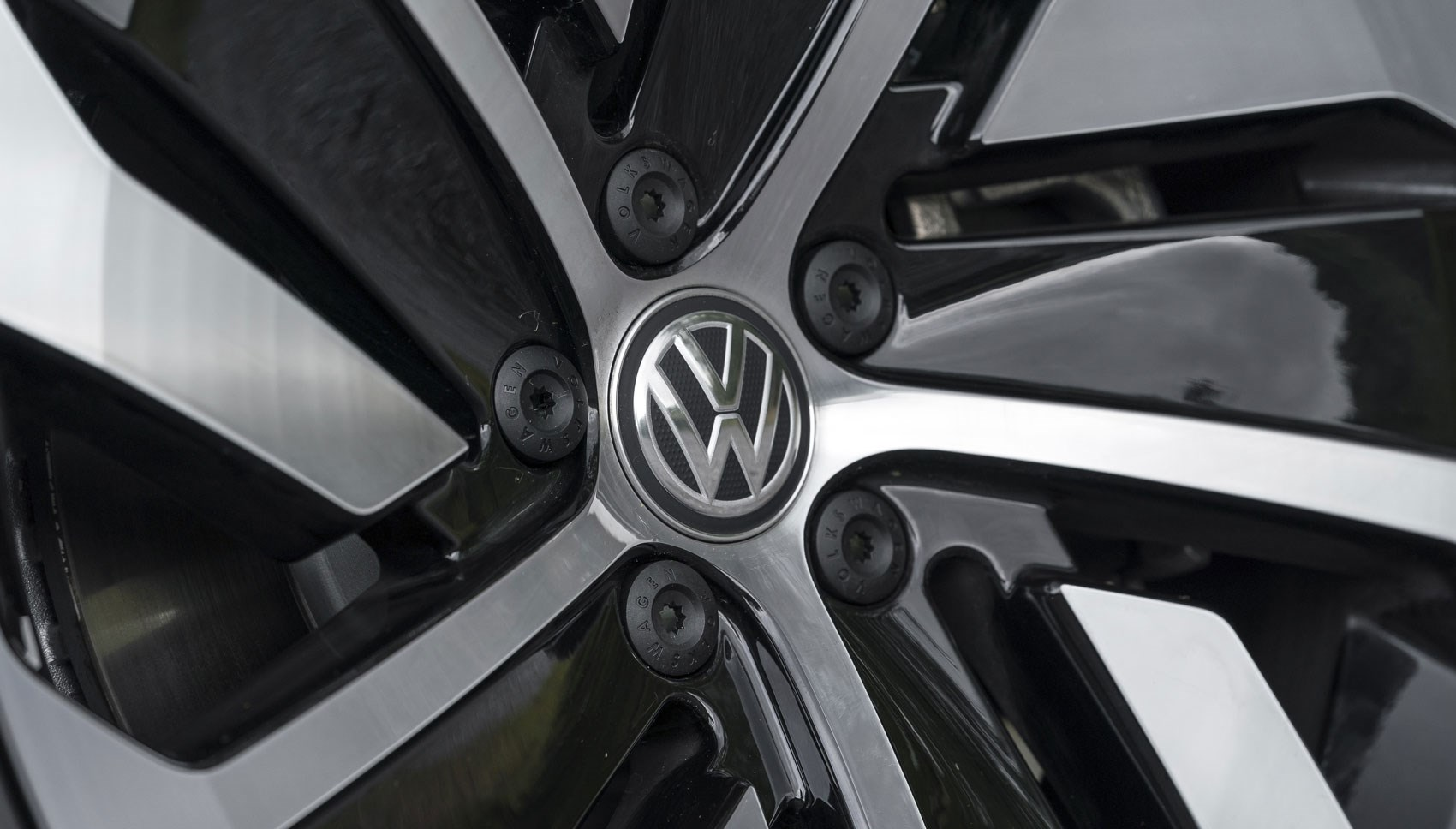 VW Arteon wheel