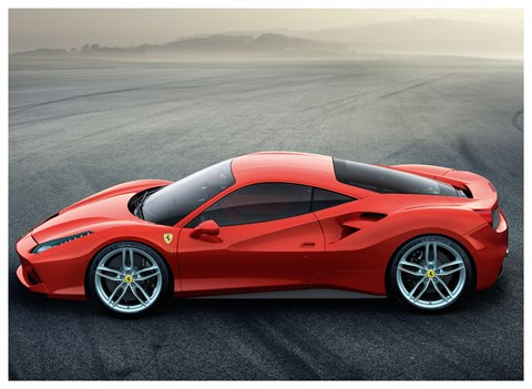 Ferrari 488 GTB: in profile