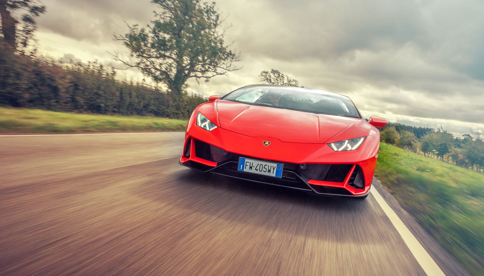 Huracan Spyder front tracking