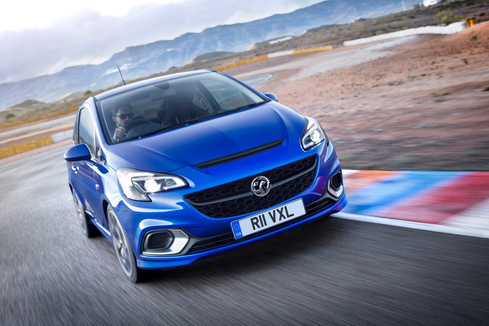 Vauxhall Corsa VXR (2015): the angriest Corsa is back by ...