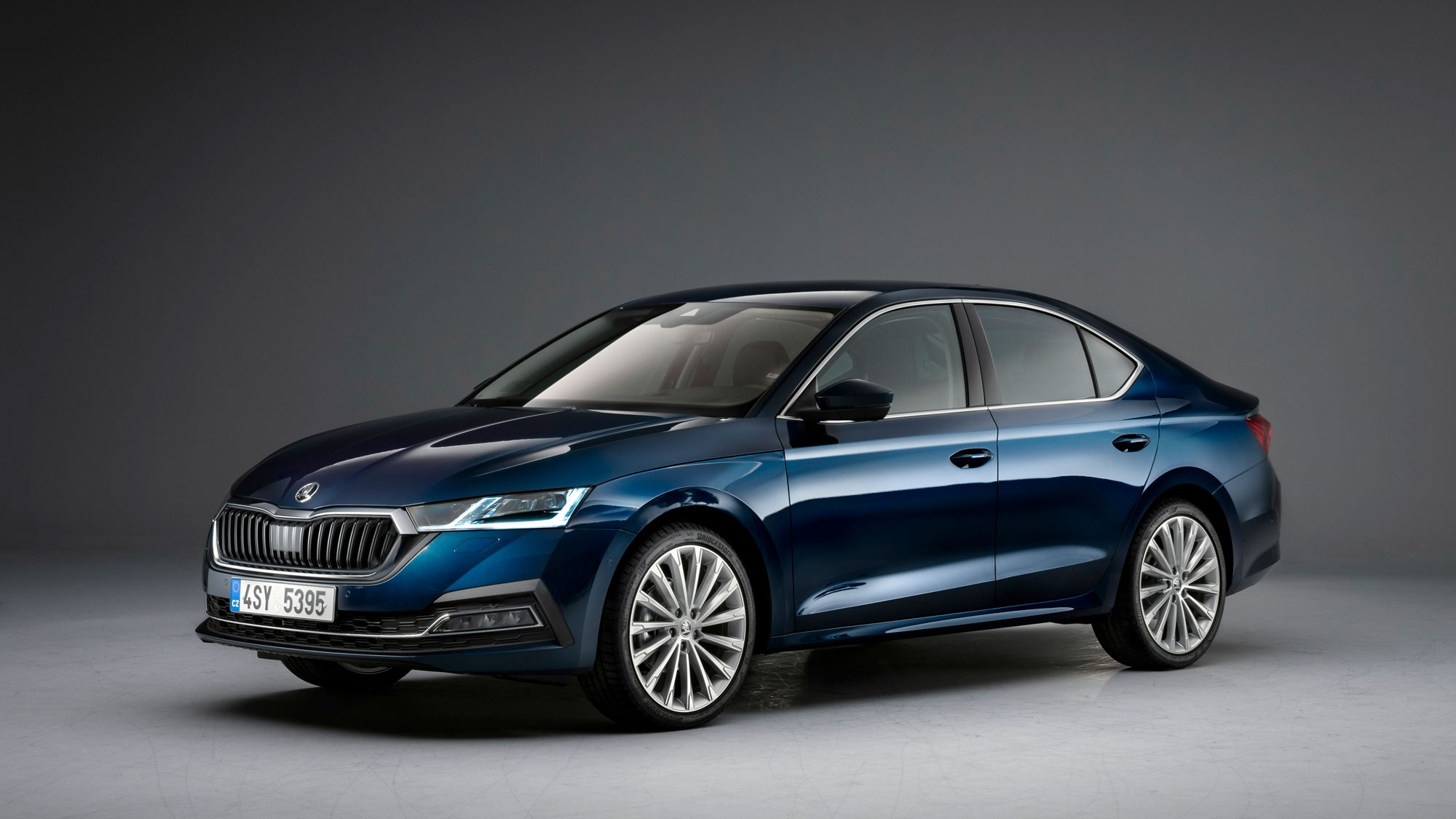 Fourth-Generation Skoda Octavia Gets Plug-In Hybrid For 1st Time