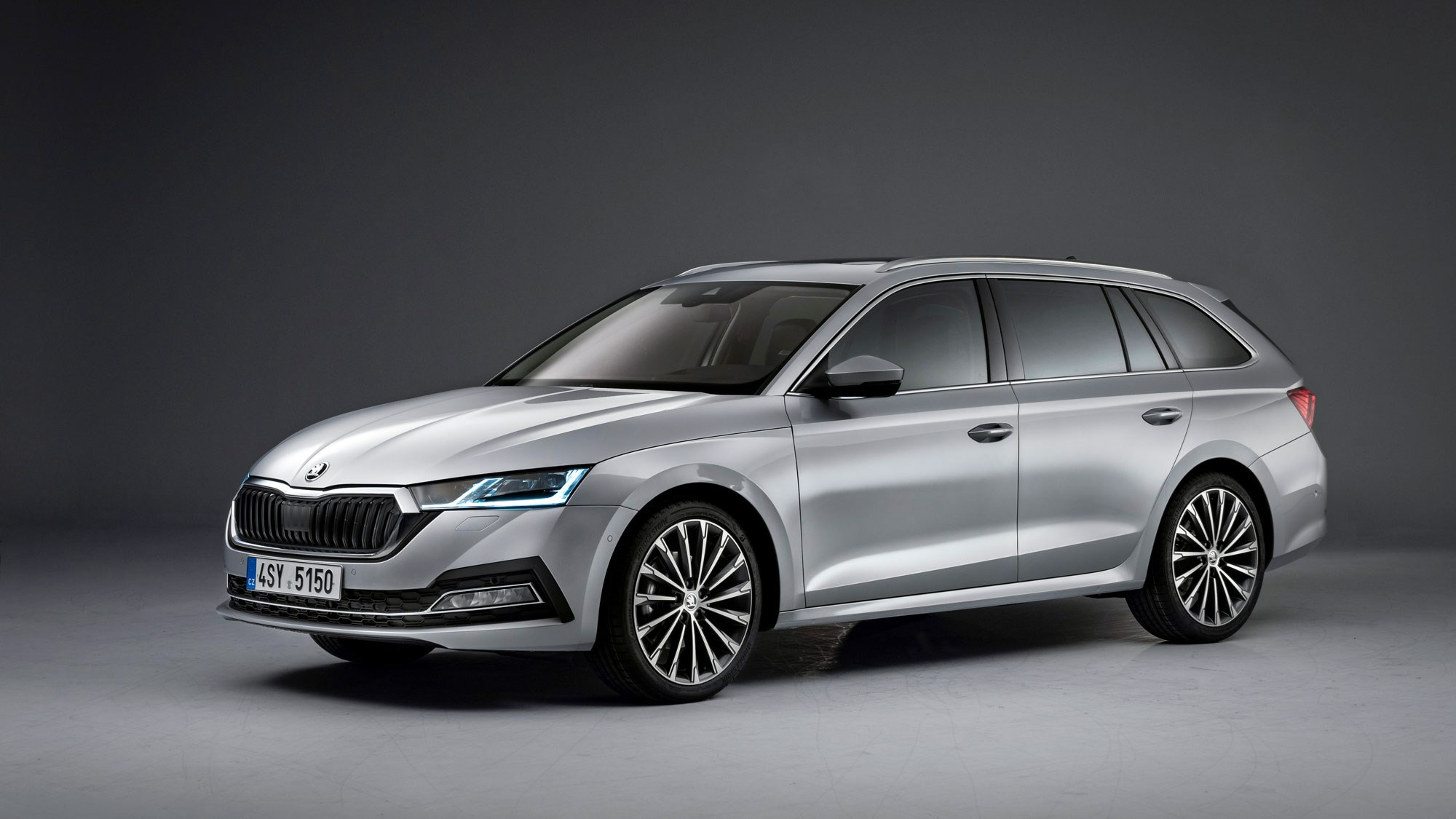 Skoda Octavia Breaks Cover; Gets More Tech & Practicality