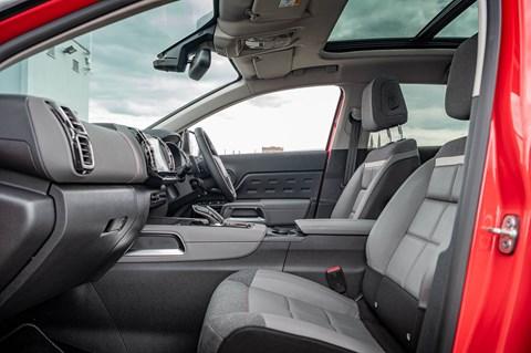 C5 Aircross interior