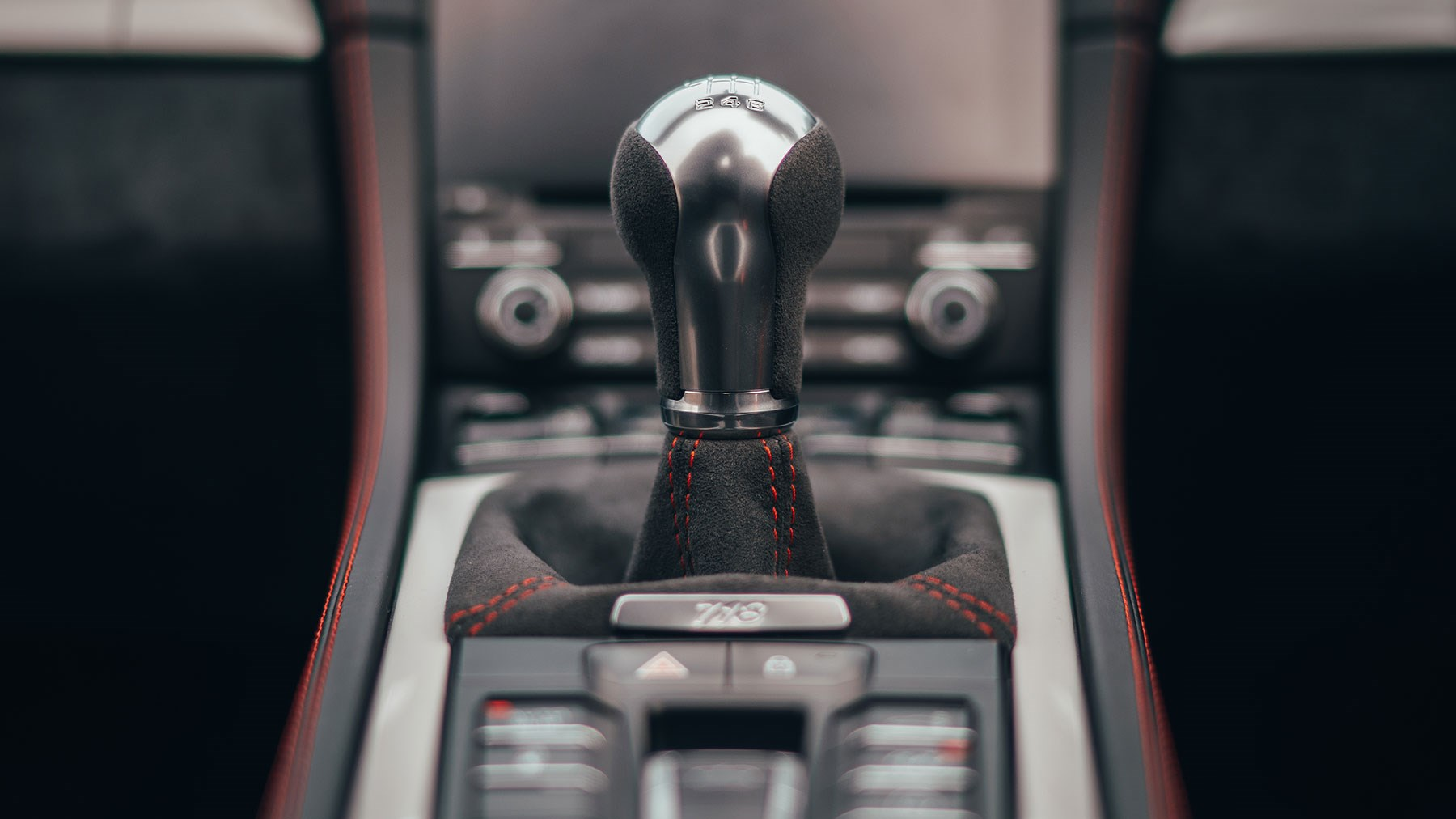 Joy! A manual gearbox in Porsche 718 Boxster Spyder