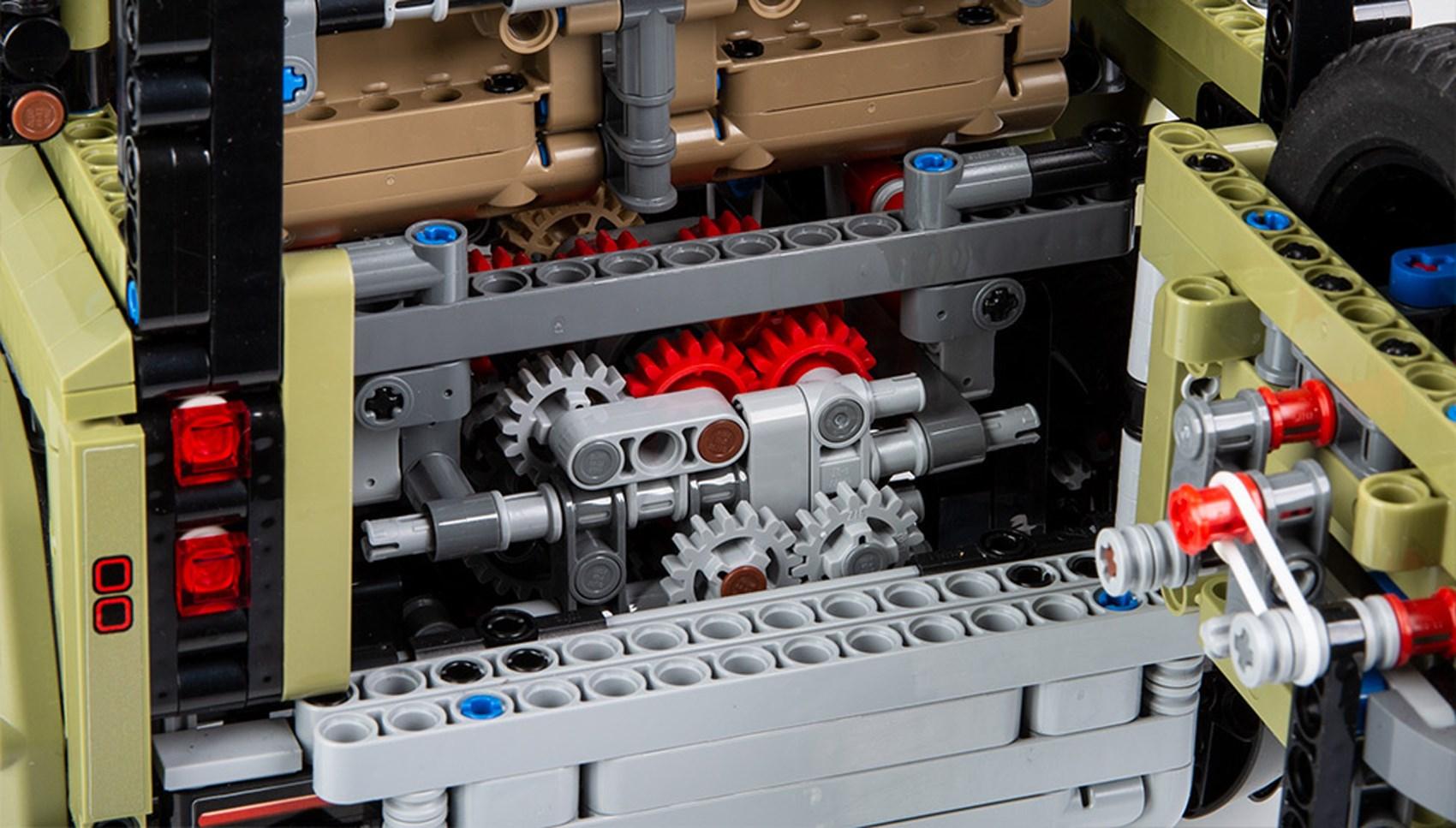 Lego Defender rear